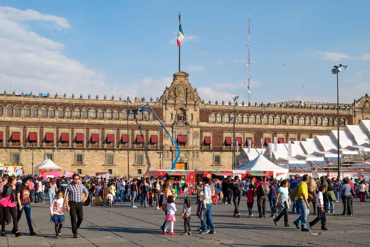 Main plaza mexico city, tour mexico