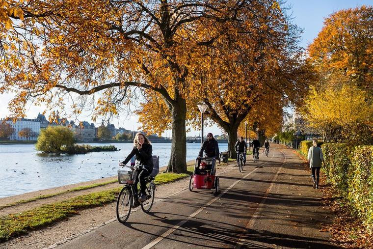 Europe biking, casual biking tours, europe tourism
